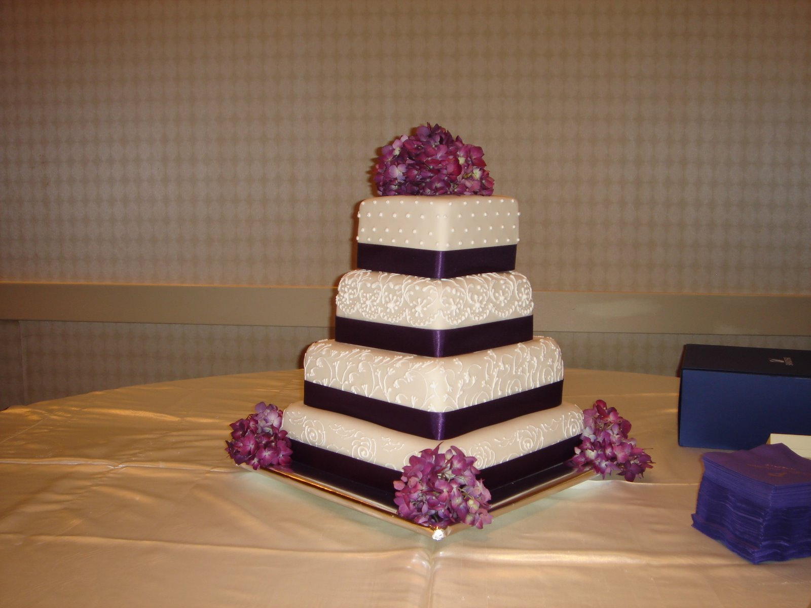 Percfectly purple wedding cake by Art Eats Bakery