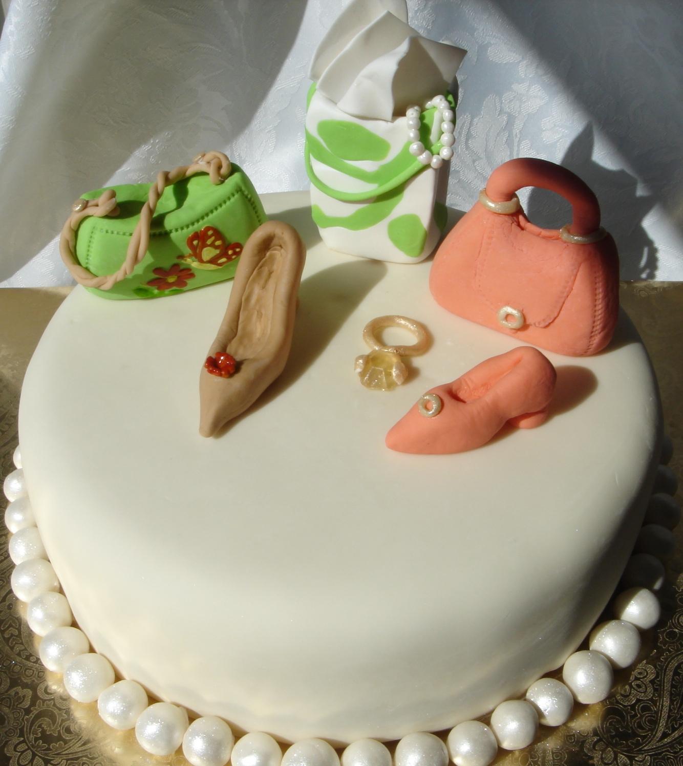 Fashion And Jewelry Birthday Cakes Arteatsbakery