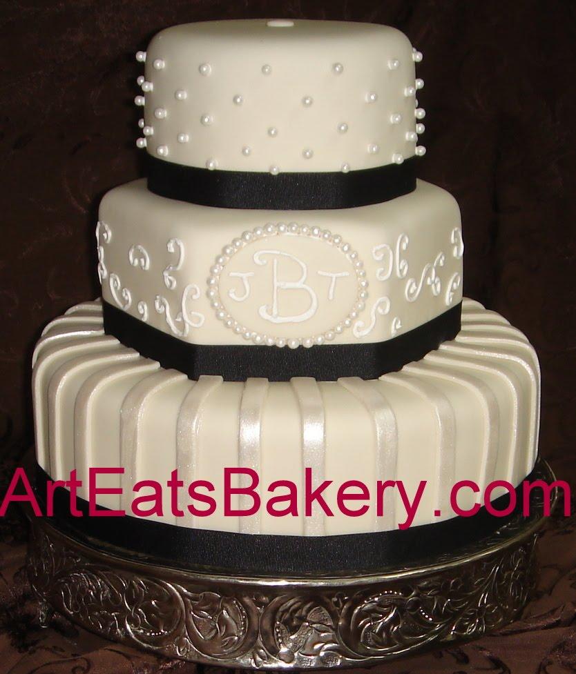 amazing black and white fondant wedding cakes arteatsbakery. Black Bedroom Furniture Sets. Home Design Ideas