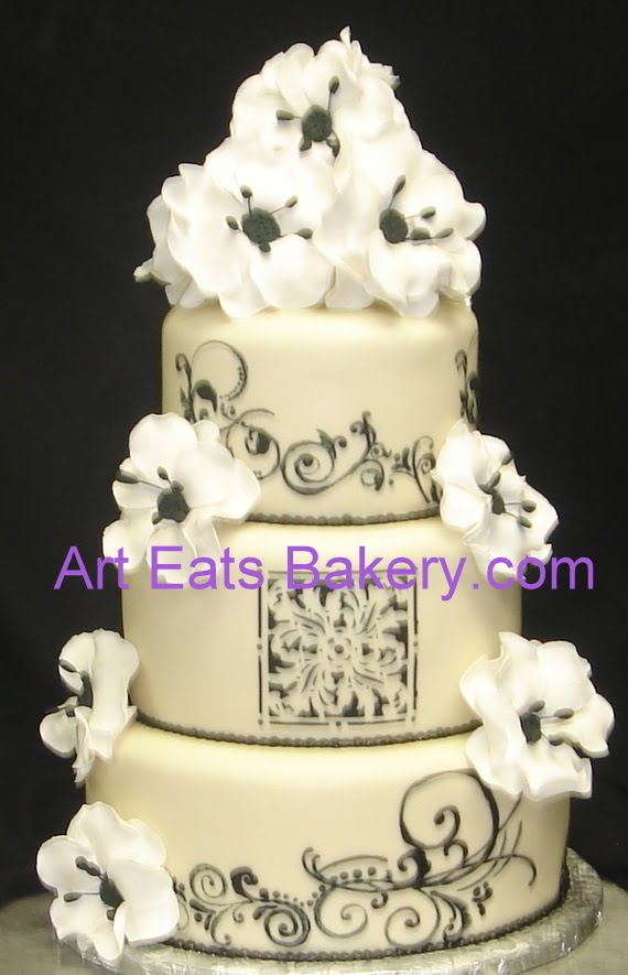 Tier Ivory Fondant Roundant Wedding Cake With Black Scroll And Stencil