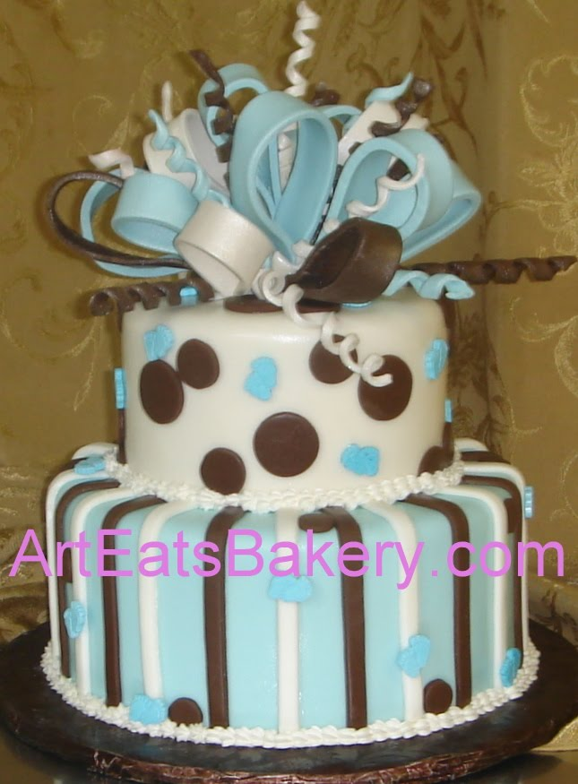 baby feet and polka dot custom baby shower cake with sugar bow and