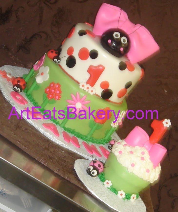 fondant 1st birthday cakes